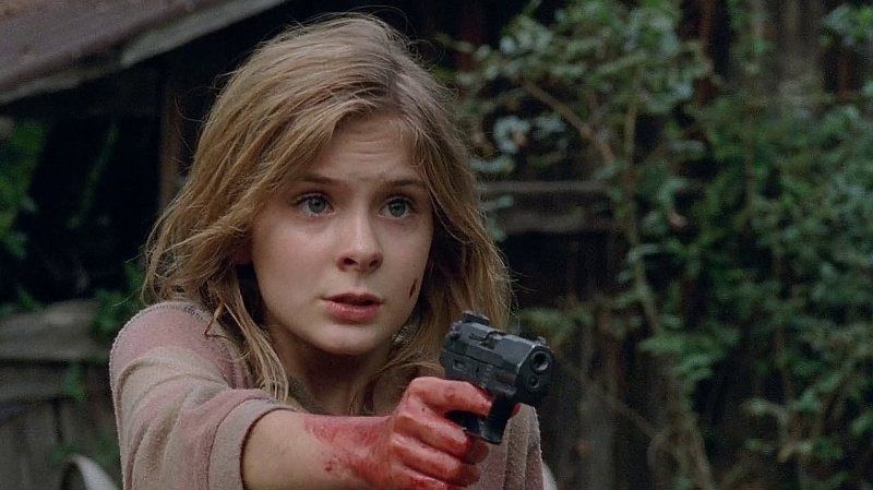 walther p22 in Walking Dead Season 4
